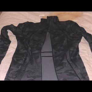 Lululemon Define jacket- perfect condition